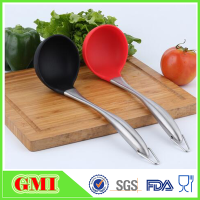 Long stainless steel material handle silicone soup ladle for cooking