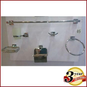 B05 brass bathroom set chrome plated bathroom accessories for Quality bathroom fittings