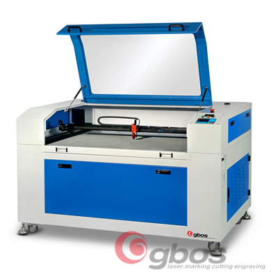 Evgraving advertising items on the Acrylic laser cutting engraving machine 70W