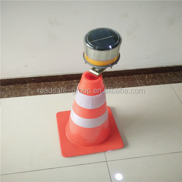 Safety top quality warning flashing led solar traffic cone light