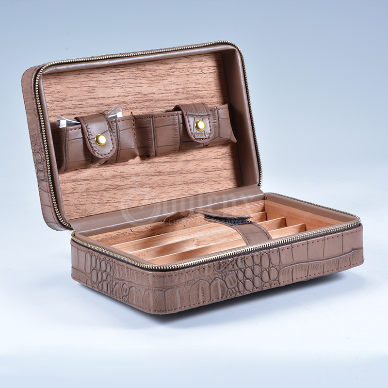 Low shipping charge wooden humidor cigar case
