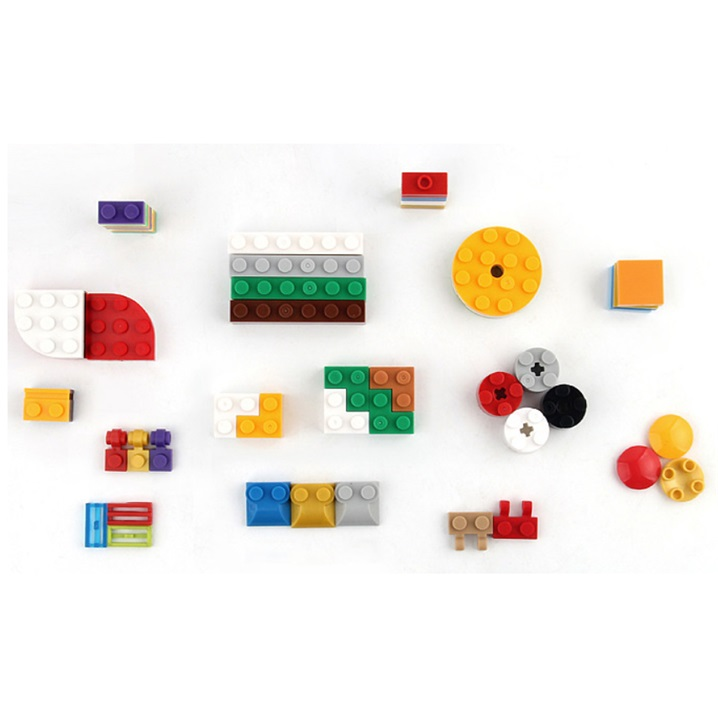 More Than 10 Years Experience Puzzle Building Blocks. 2000pcs Excellent Quality Building Blocks for Kids