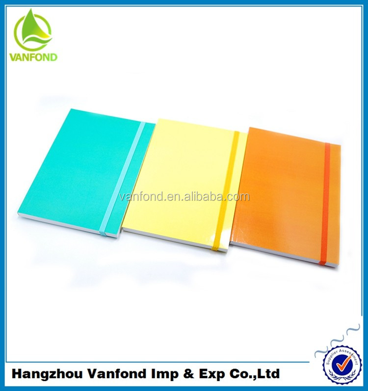 Professionally Customized Cheap School Buy Notebook China with Plastic Band