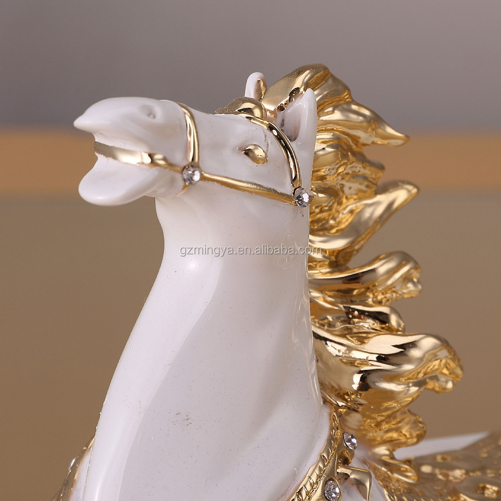 Nieuwe ontwerp kantoor tafel deco wit en goud paard standbeeld lucky schat standbeelden voor - Idee deco voor professioneel kantoor ...