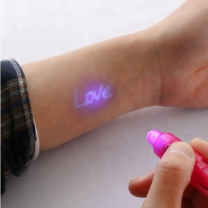 2Pcs 2 In 1 Built in UV Light Magic Marker Secret Message Invisible Ink Pen