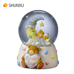 High quality cheap price resin handmade sleeping bear water globe for child
