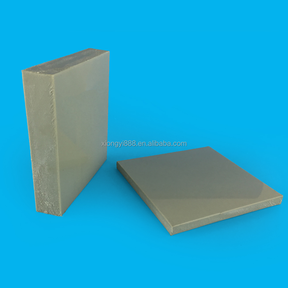 What are some uses for 4 x 8 corrugated plastic sheets?