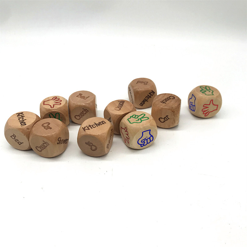 Factory Customize Personalized  6 sided 3cm Games Wooden Dices