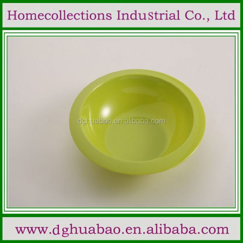 disposable bowls and lids