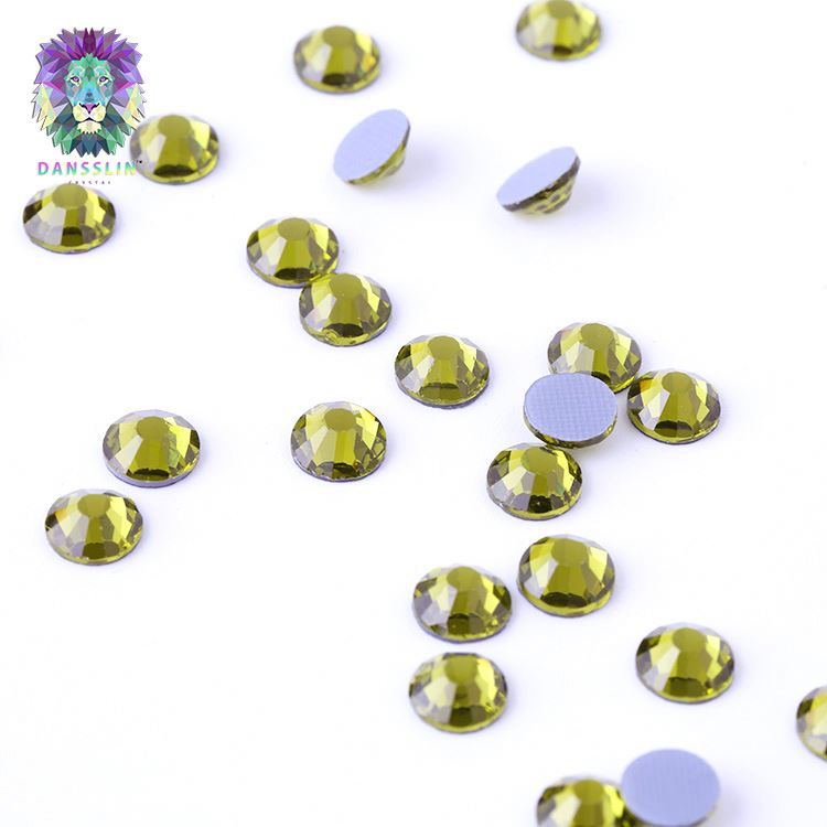 New selling special design 5A grade olivine rhinestones for nail art