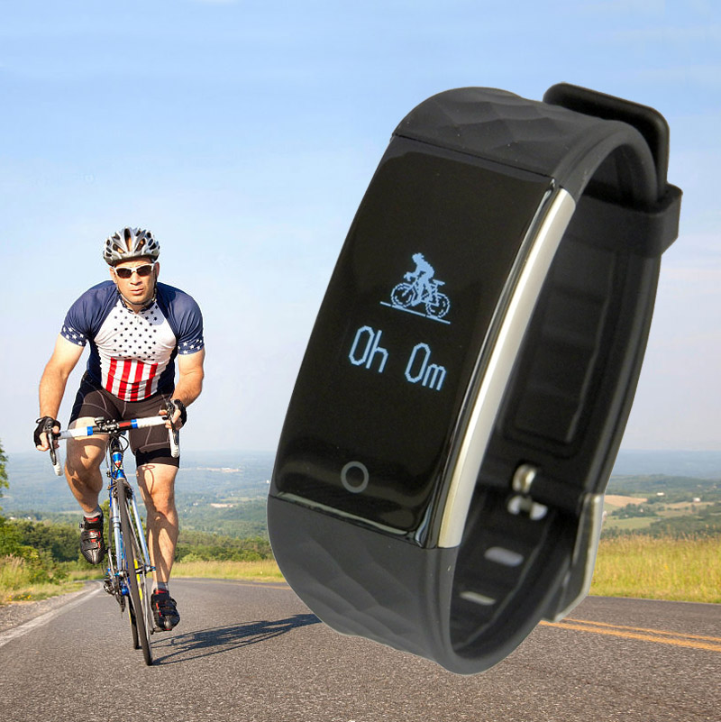 IP67 gps sport watch bluetooth, gps tracker bracelet for sport, gps watch running with hear rate monitor S2