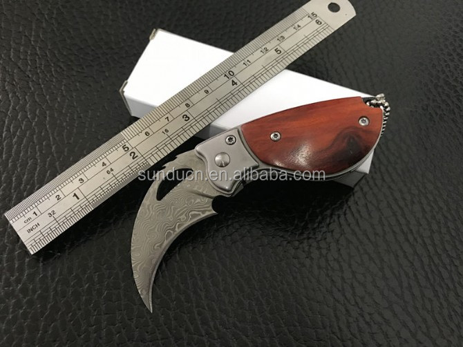 Damascus Steel Blade Natural Wooden Handle Folding Blade Collectable Eagle Pocket Knife