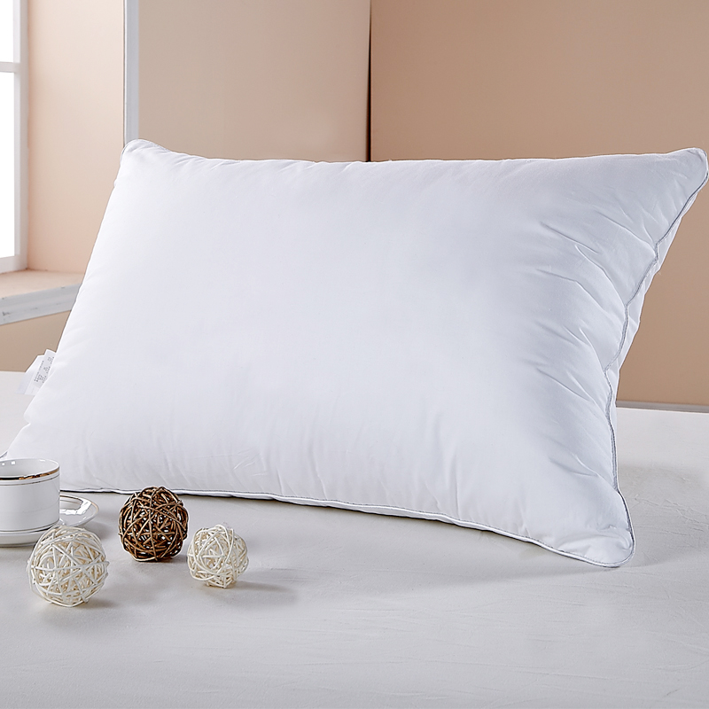 Embroidery Logo Pattern Hotel Linen Sleeping Pillow