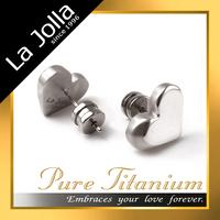 Fancy Silver Heart Shape Women Jewellery Titanium Stud Earrings