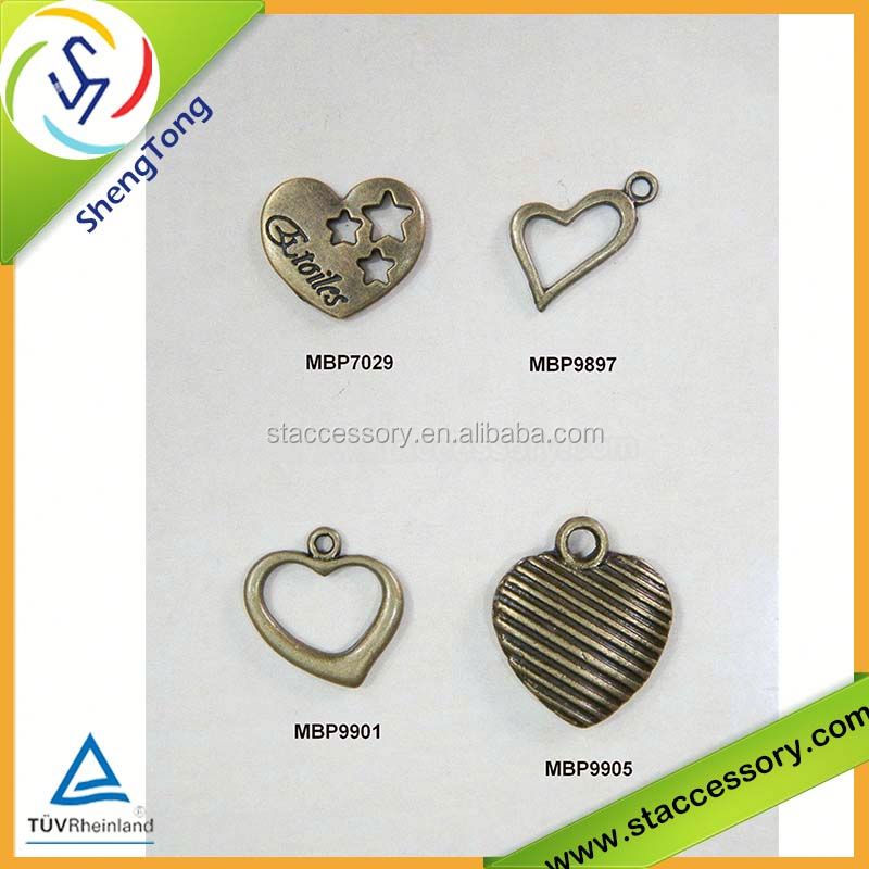 Wholesale heart charms bulk