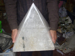 Factory Manufature! Large Natural White Clear Quartz Crystal Pyramids