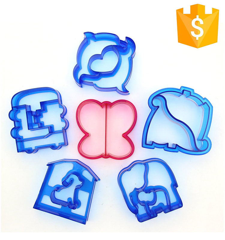 Food Grade In 4 Cute Different Shape For A Set Plastic Cookie Sandwich Bread Cutter