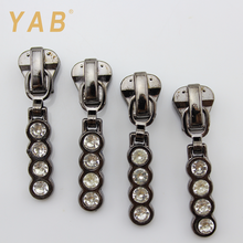 YAB Selected Products Diamond Custom Shape Luggage Reversible Zipper Slider Puller