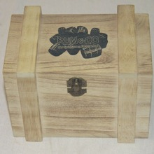Heart shape solid type fine gift wood box