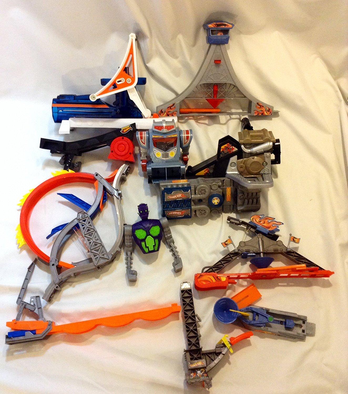 Hot Wheels Track Builder Set of 12 random Parts