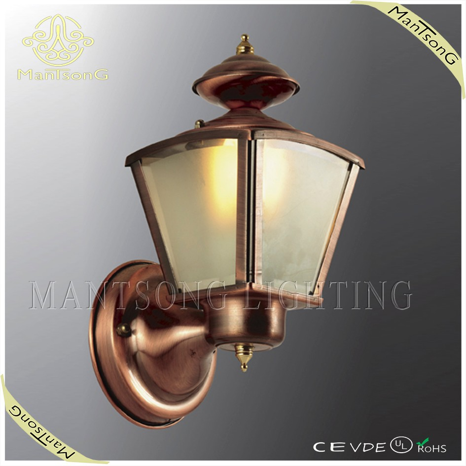 2017 Hot sale outdoor lighting bronze decorative copper wall light with glass shade