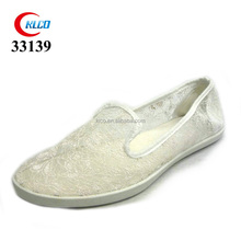2017 fashion contracted design cheap white bridal shoe with High-quality