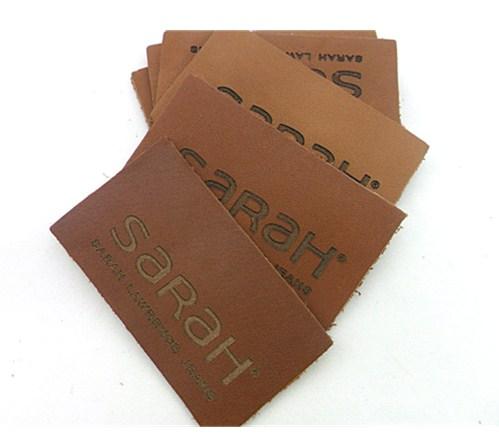 7639fa9db Pequeña etiqueta de equipaje de cuero genuino titular de la placa de cuero  para bolso