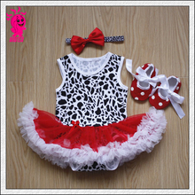 Wholesale Newborn baby outfit boy hat and diaper cover set bib ...