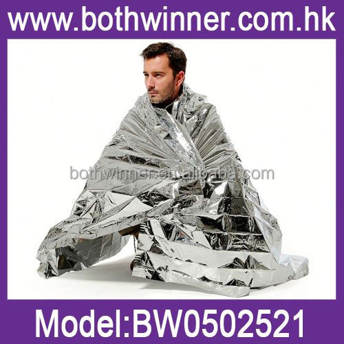 E6 adventure medical kits heatsheet survival blanket