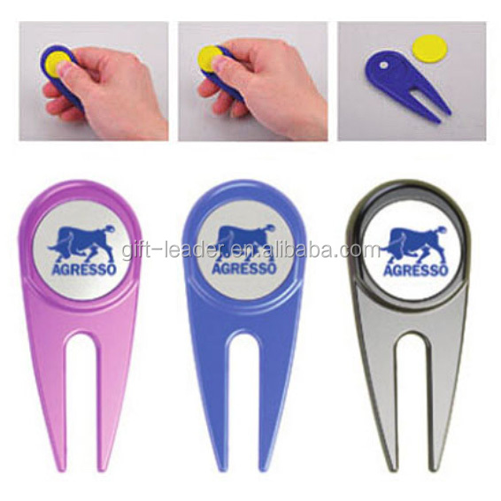 Deluxe quality smart pocket portable custom brand logo personalized club bulk golf divot repair tool small plastic ball marker