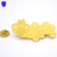Custom metal gold revers pin enamel leuke <span class=keywords><strong>bee</strong></span> revers pin met lachend gezicht