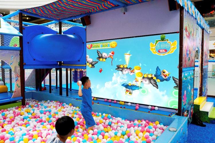جهاز عرض تفاعلي ثلاثي الأبعاد LEKE AR جهاز عرض لألعاب كرة القذف