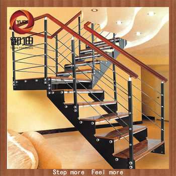 Metal escaleras exteriores tico acceso escaleras dise os for Tipos de escaleras exteriores