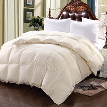 Fashion plain microfiber quilt and comforters