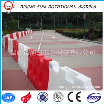 Rotomolding PE Traffic Barrier from China