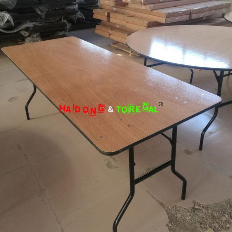 Folding Table -11 .jpg