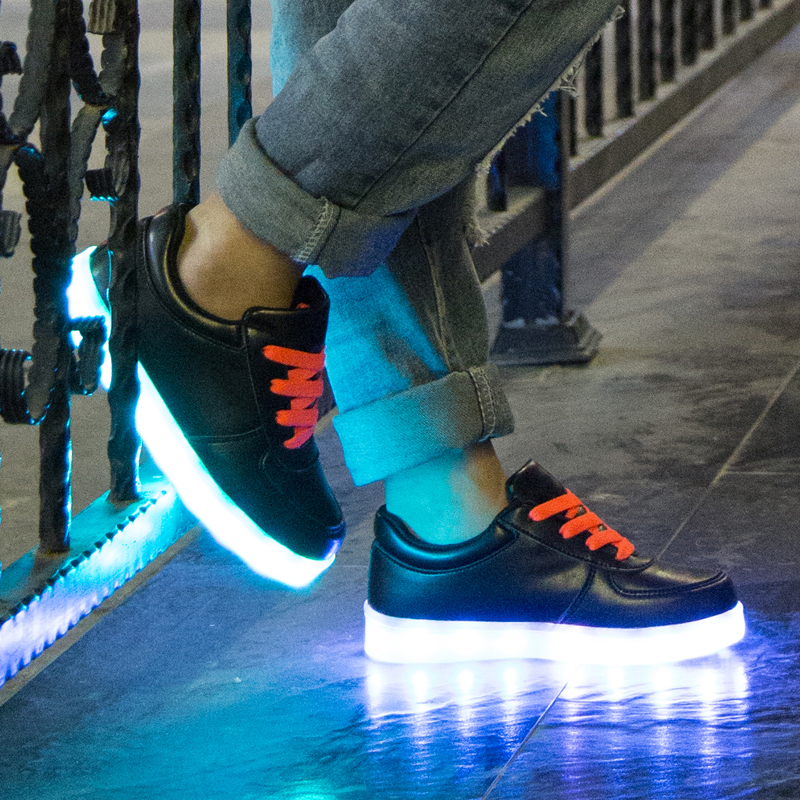 2016 Fashion styles casual colorful lighting kids led flash shoes