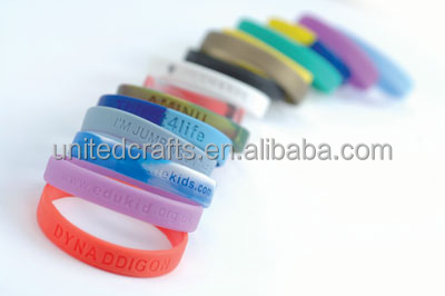 2015 Friends For Life Silicone Bracelet Wrist Band