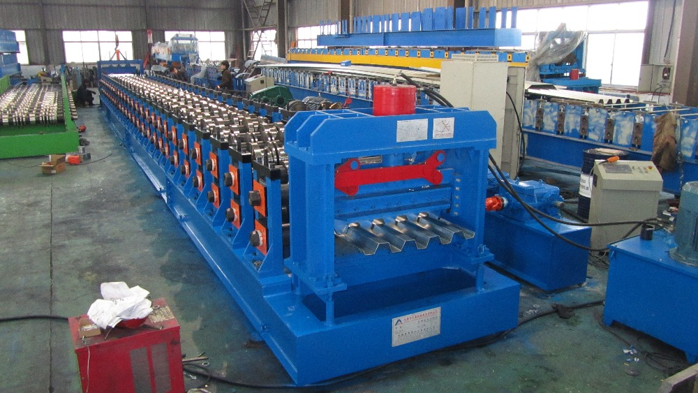 Good quality Floor decking roll forming machine