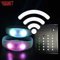 Factory Price Party Wedding Christmas Decoration LED Bracelet Remote Controlled Flashing Wristbands