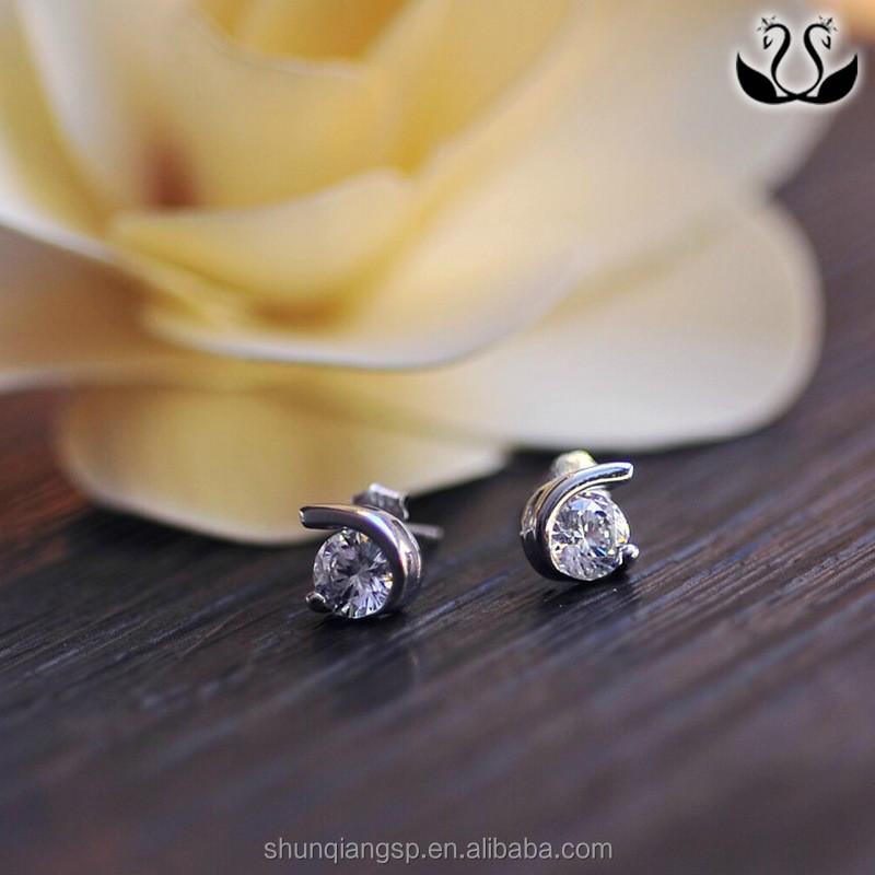 Elengant Woman Simple Shing Moon-shaped Wholesale Girl Diamond ...
