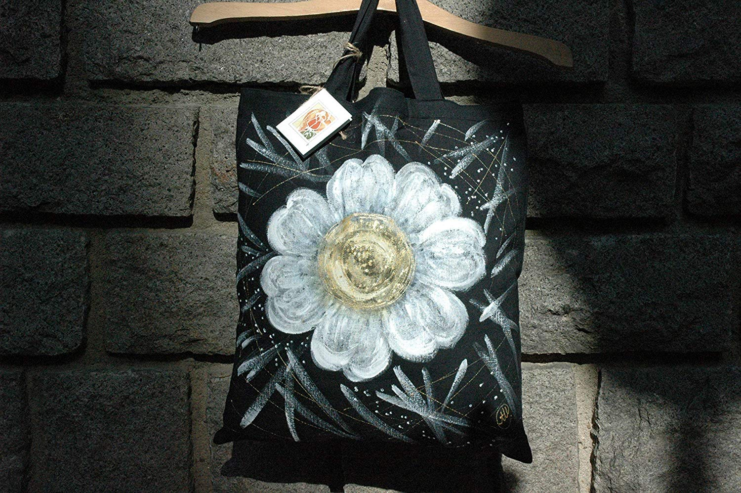 Sale!!!15% Off,Hand Painted White Daisy Tote Bag,Flower Tote Bag,Daisy Shopping Bag,Cotton tote bag,Daisy Gift Bags,Birthday gift Bag,Black Bag,Woman Gifts