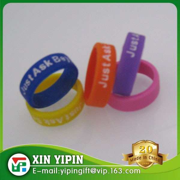Cheapest Adult Size Silicone Ring Colorful Silicone Rubber Finger Ring Debossed with Color Filled