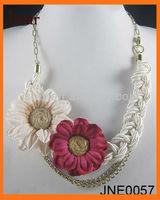2013 ladies fabric flower pendant necklace