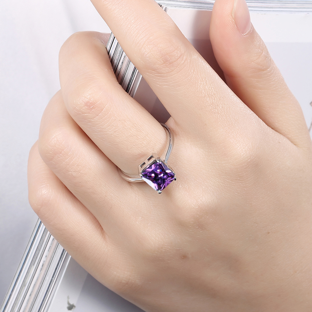 Wholesale Custom Metal Women Jewelry Cubic Zirconia Engagement Ring