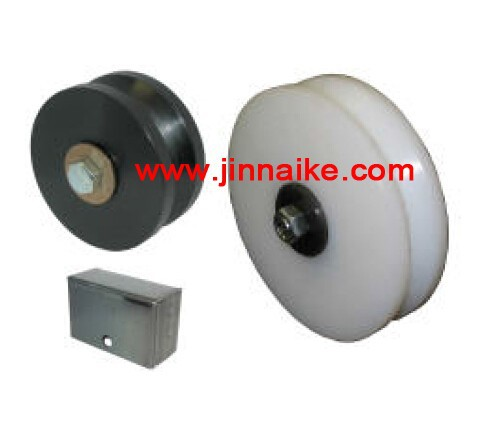 steel and nylon small wheel with bearing and bolt for gates