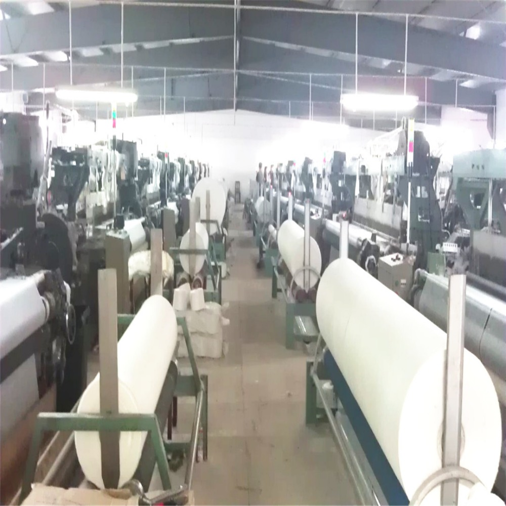 Professional manufacturer big roll packing polyester grey fabric for wall cloth lining