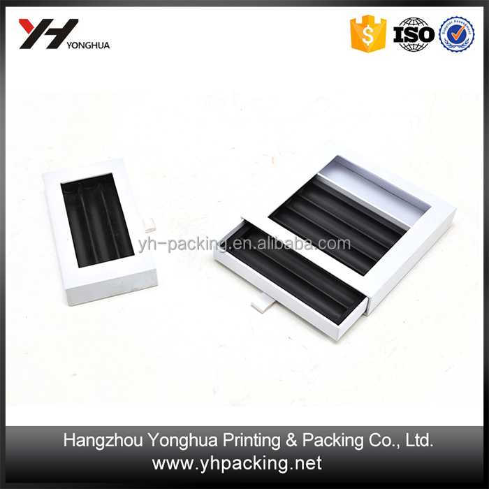 China Suppliers Apparel UV Coating Embossing Charming Paper Gift Box