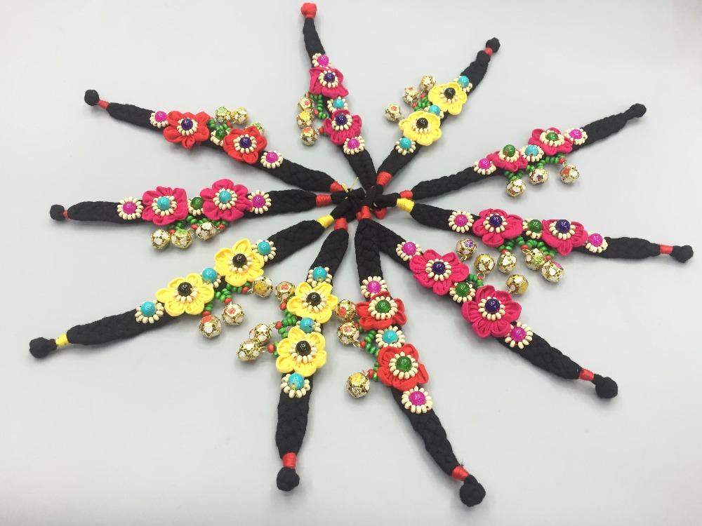 Fabricants en gros Ethnique tissée à la main bracelet en tissu avec cloche  fleurs rétro d