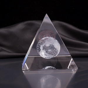 customized 3D laser crystal pyramid glass paperweight